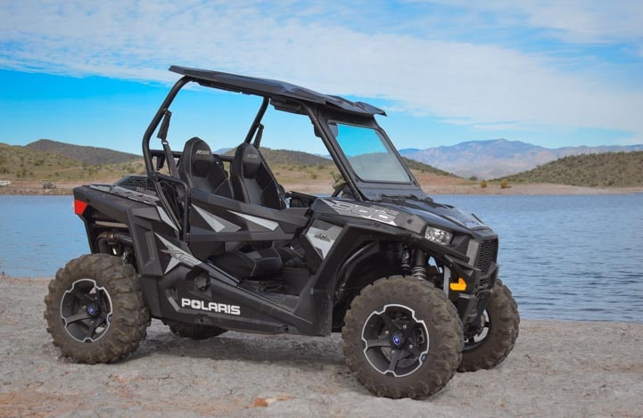 Polaris RZR 900 EPS XC Edition UTV at the lake-min
