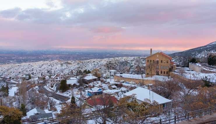 Valley view from Jerome Arizona-min