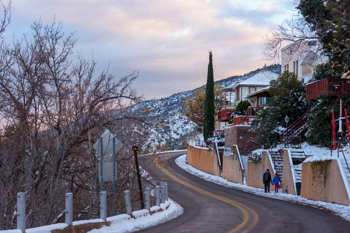 Curvy uphill street Jerome Arizona-min