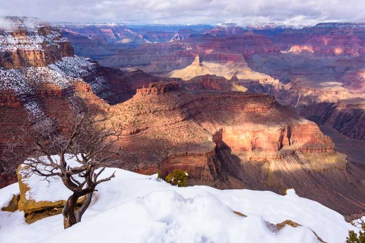 Grand Canyon National Park snow at overlook-min