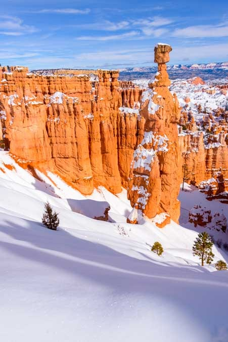 Fresh snow Bryce Canyon National Park with snow in winter-min