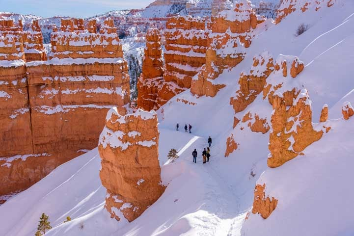 Navajo Loop Trail Bryce Canyon National Park with snow in winter-min