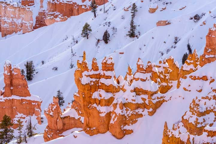 Peaks of snow Bryce Canyon National Park with snow in winter at overlook-min