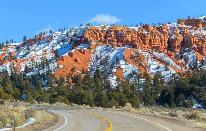 Snow at Red Canyon Utah-min