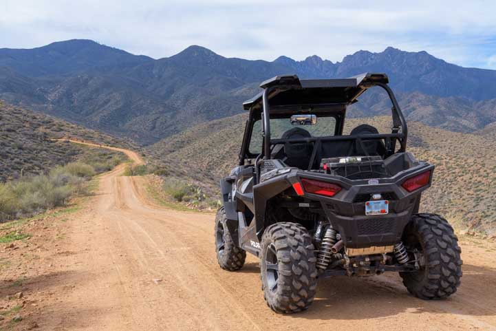 Polaris RZR on the trail in Arizona-min