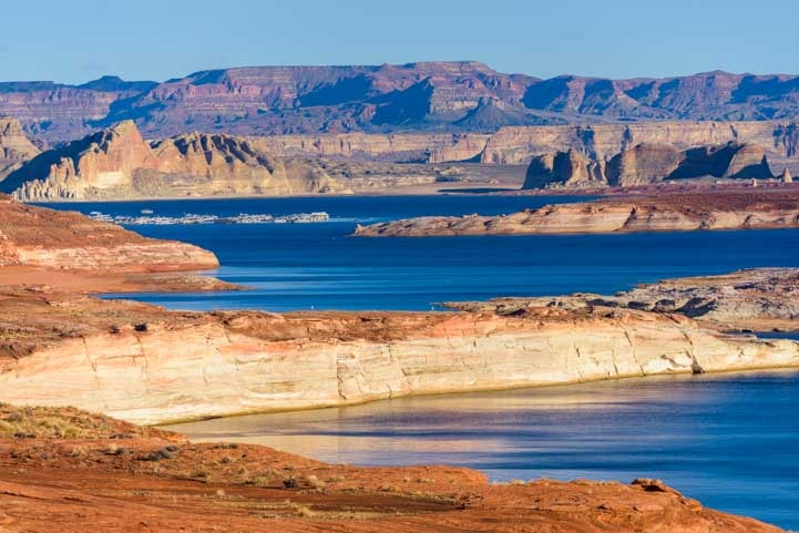Glen Canyon in Page Arizona-min