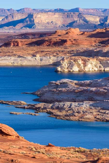 Glen Canyon Page Arizona morning light-min