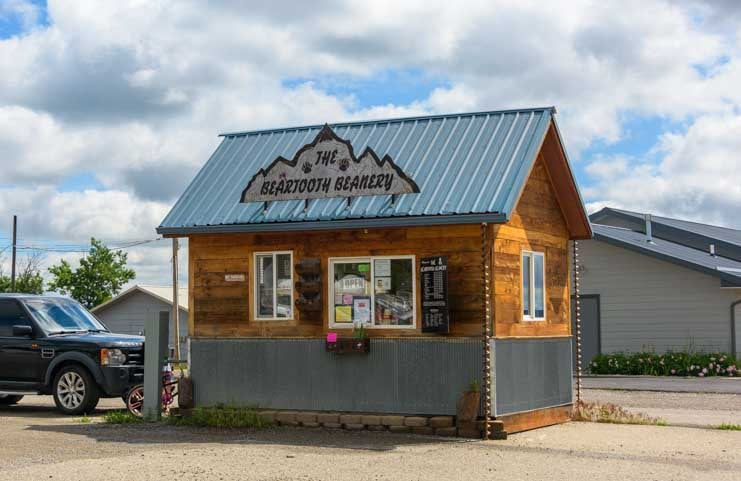 Beartooth Beanery Coffee Shop Columbus Montana-min