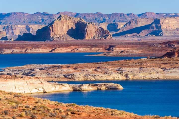 Glen Canyon Arizona morning color-min