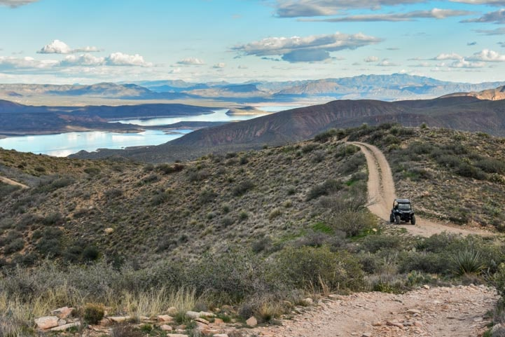 Polaris RZR on the trail in Arizona desert-min