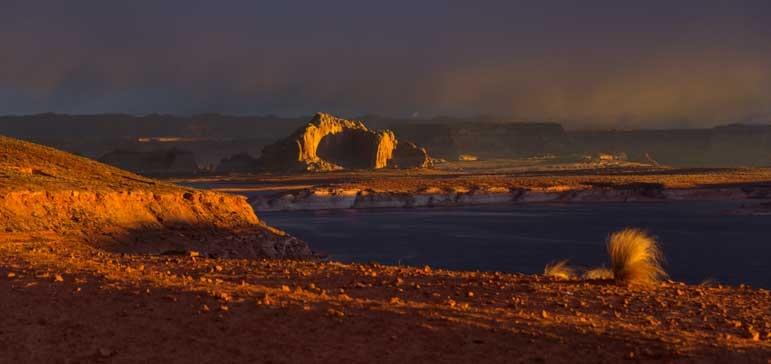 Stormy skies at dawn at Glen Canyon Arizona-min