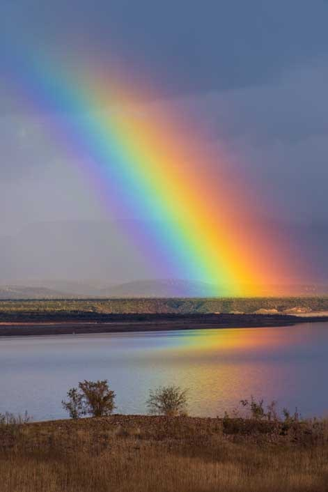 Rainbow on an Arizona lake-min