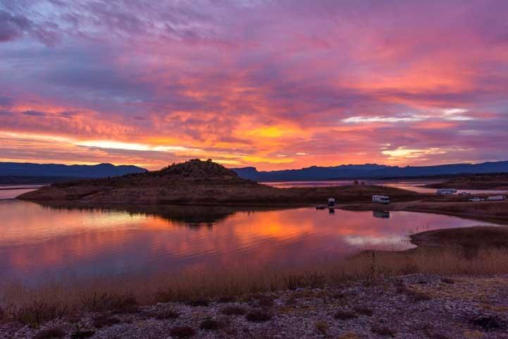 Sunset in the Arizona Sonoran Desert-min