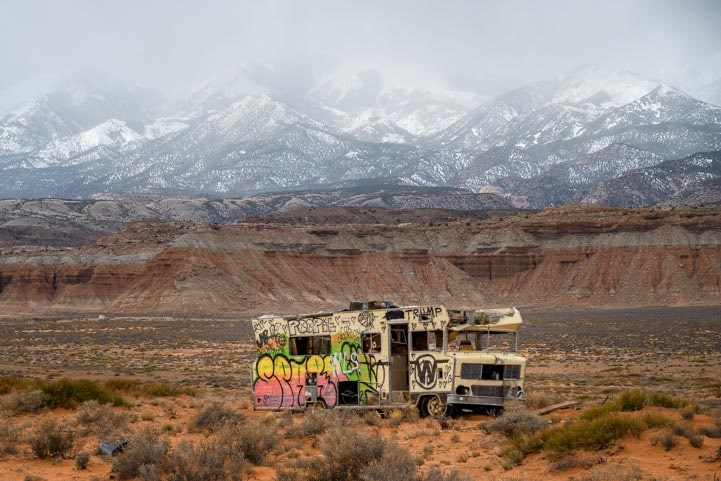 Old Winnebago in Utah-min