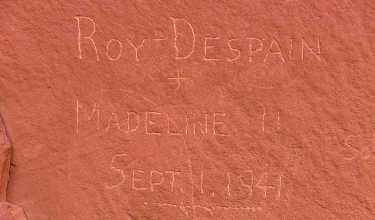 Modern petroglyph in Utah-min