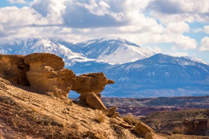 Pinocchio in the rocks in Utah-min