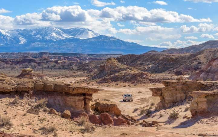 Exploring the Utah desert-min