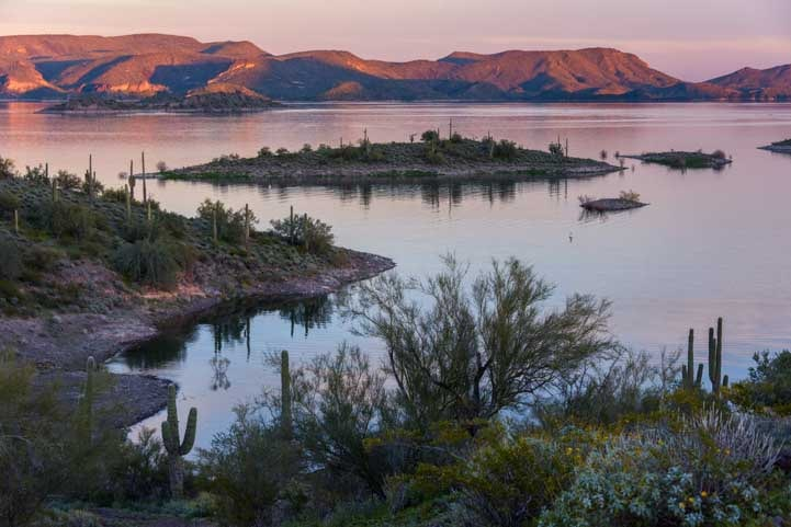 Sunset Lake Pleasant Regional Park Arizona-min