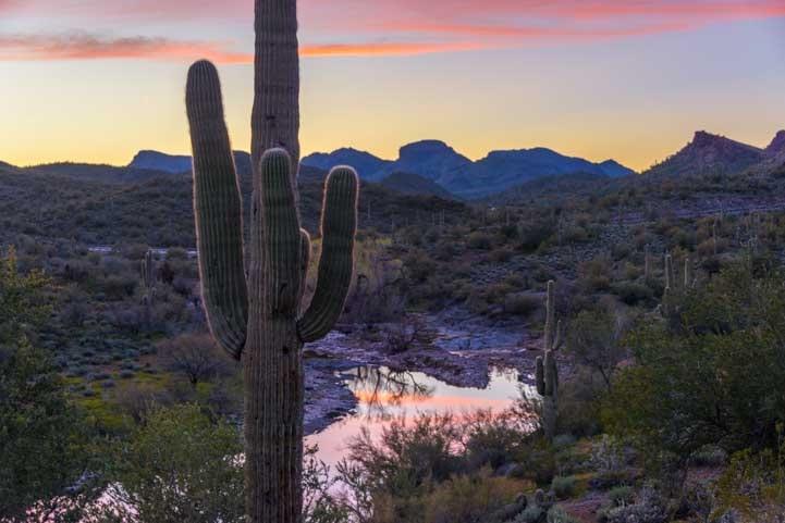 Sunset Lake Pleasant Arizona-min