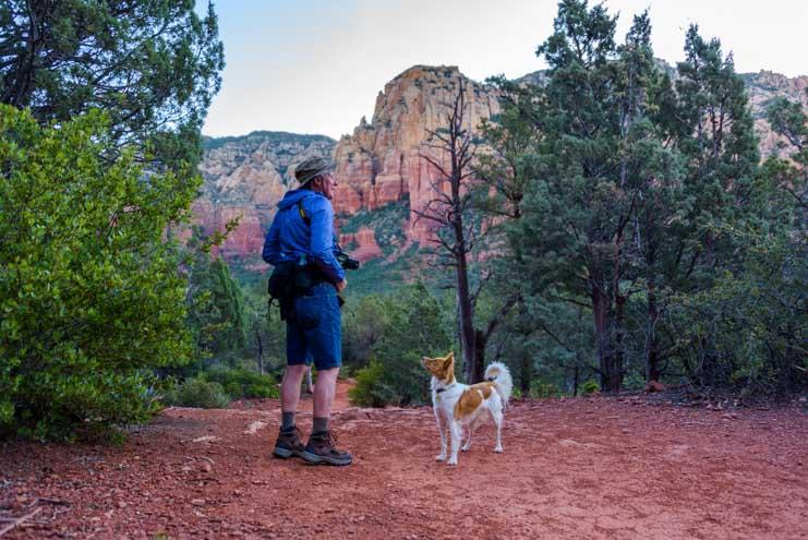 Brins Mesa Trail Sedona Arizona hiking with puppy-min