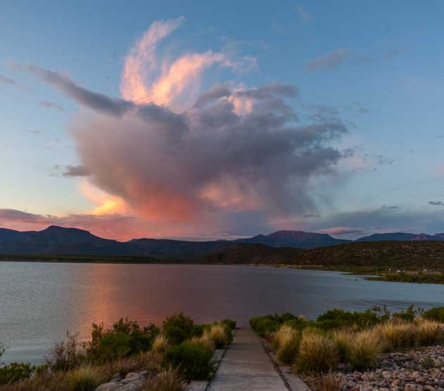 Sunset at Roosevelt Lake Arizona-min