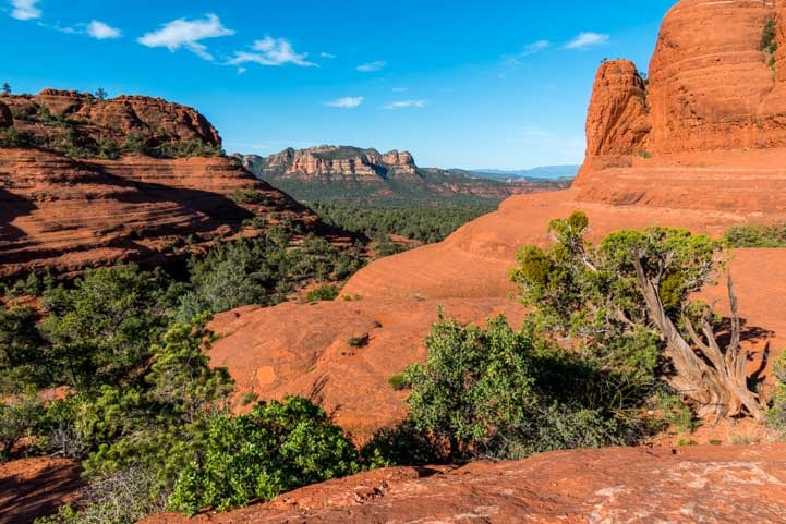 View from Chicken Point Overlook Sedona Arizona Hike-min