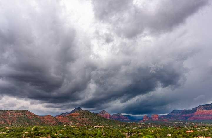 Storm clouds over Sedona Arizona-min