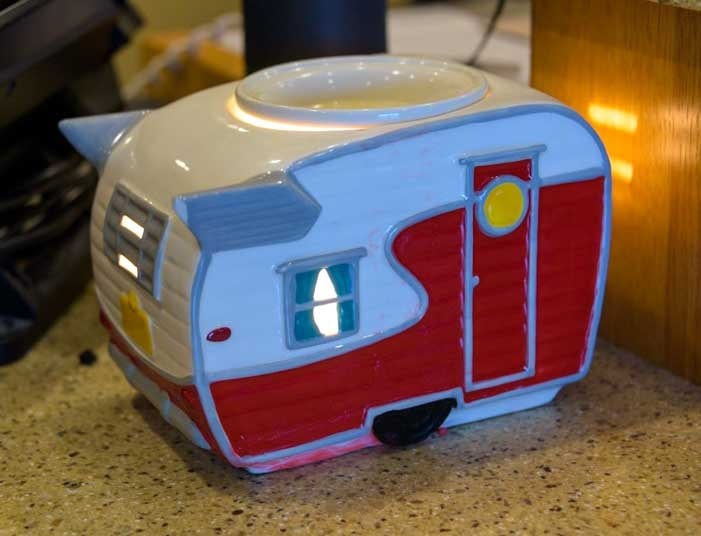 Retro RV trailer candle home decoration-min