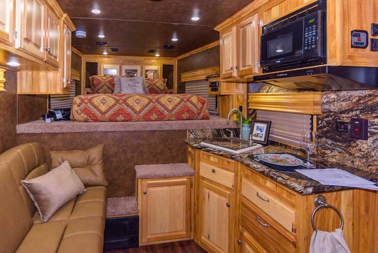 Sundowner Toyhauler RV Interior-min