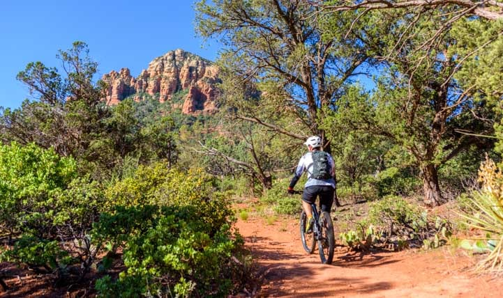 Mountain bike on Broken Arrow Trail Sedona Arizona_-min