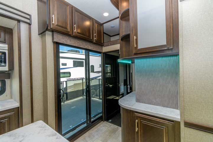 Grand Design Momentum 399TH Toyhauler slide patio-min