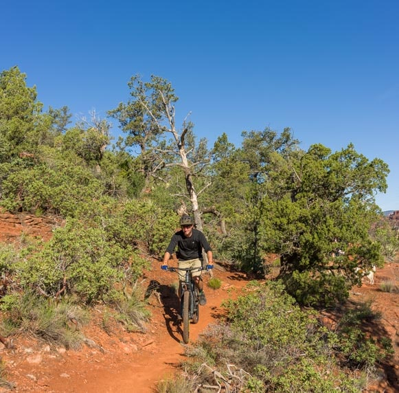 Mountain biker in Sedona Arizona-min