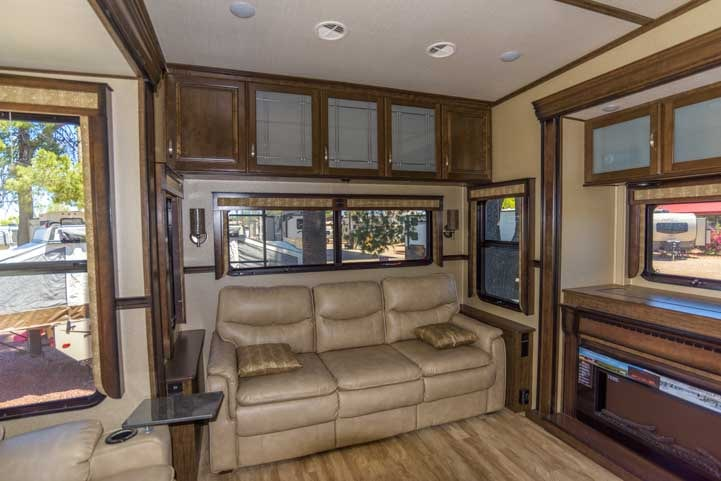 Grand Design Solitude 373FB fifth wheel trailer-min