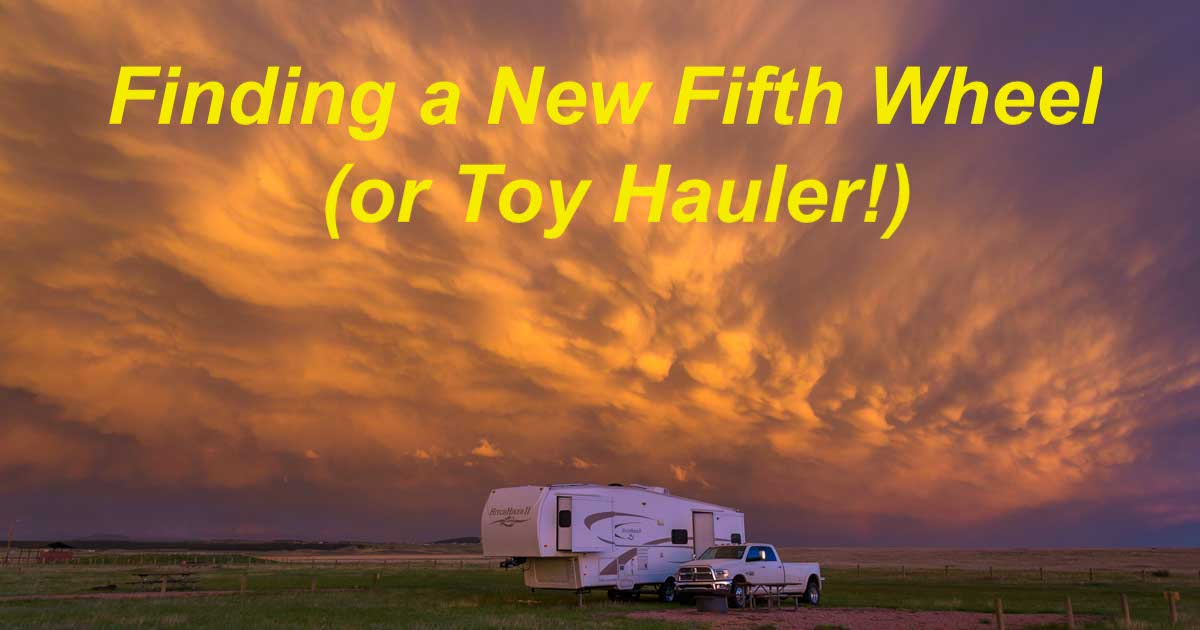 Search for a new fifth wheel trailer RV-min
