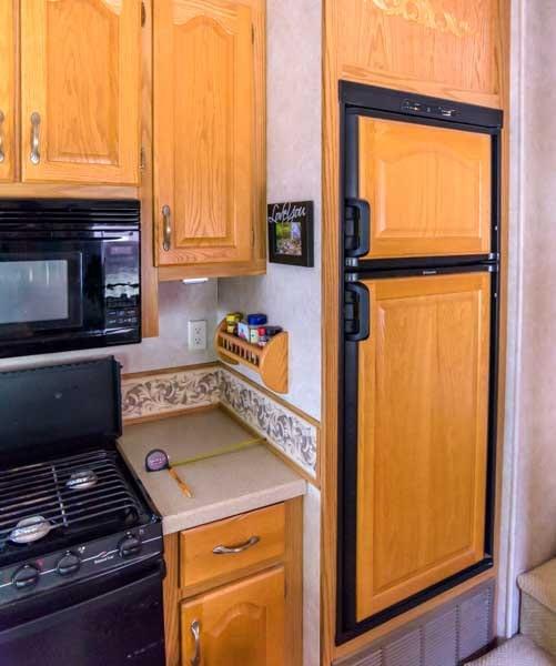 RV refrigerator 8 cubic foot size