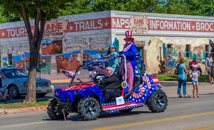 4th of July parade Kanab Utah-min