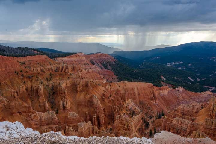 Rain at Cedar Breaks National Monument Utah-min