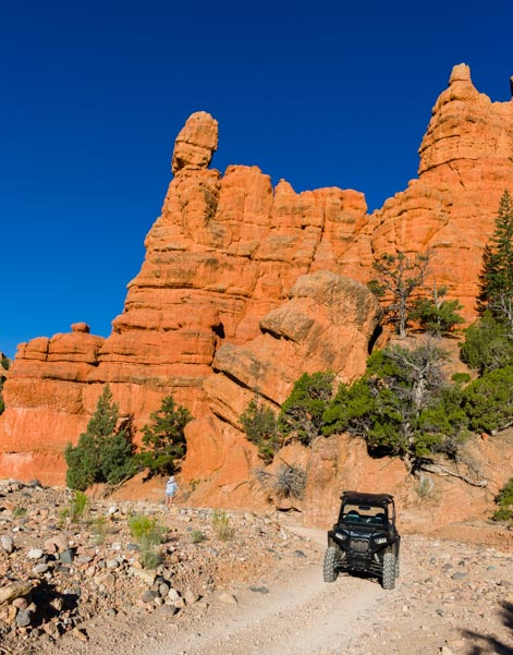 Red rock pinnacle on Polaris RZR ride in Casto Canyon Utah an ATV : UTV trail copy
