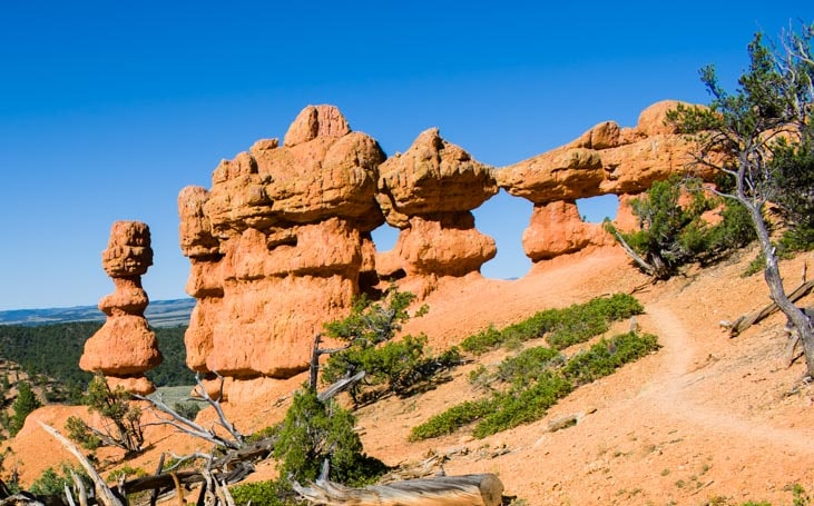 Pinnacles on Arches Trail Red Canyon Utah-min