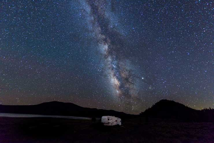 Milky Way with an RV night sky astrophotopraphy-min