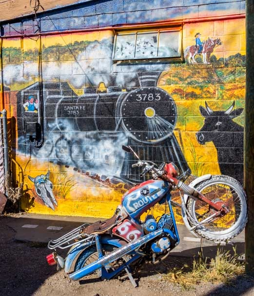 Mural in Seligman Arizona on Route 66-min