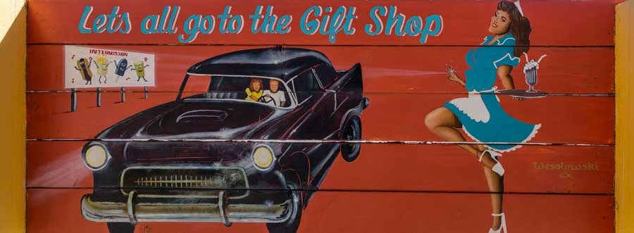 Let's all go to the gift shop Seligman Arizona on Route 66-min
