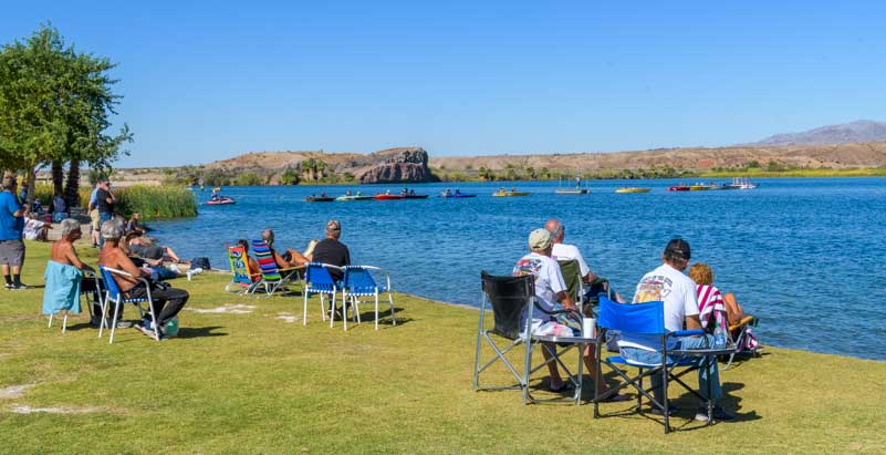 Spectators at Arizona Drag Boat Association Race at Blue Water Casino Parker AZ-min