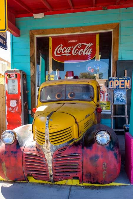 Antique truck and gas pump Seligman Arizona on Route 66-min