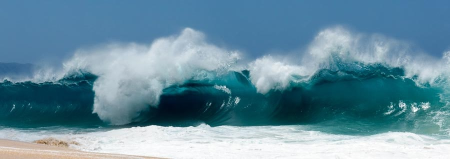 Surf on Oahu in Hawaii