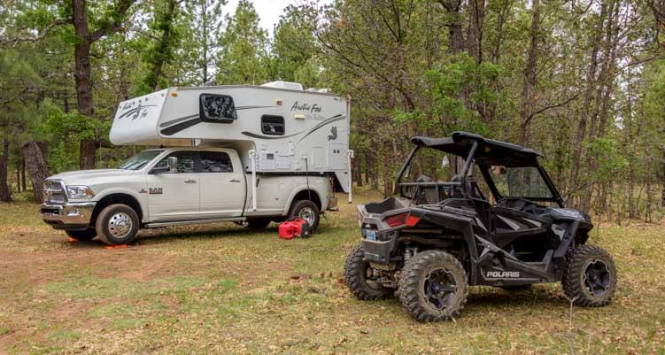 2005 Arctic Fox 860 truck camper and Polaris RZR 900
