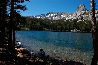 Fulltime RV traveling at Horsehoe Lake near Mammoth Lakes CA California
