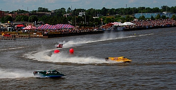 Bay City Michigan boat race