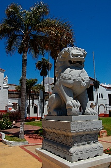 Chinese lions guard the gates of the Riviera Cultural Center.