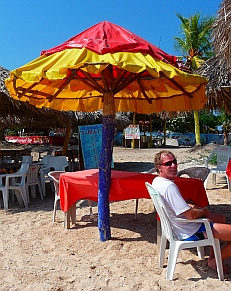 Beach umbrella made from an inner tube at Isla Ixtapa - Isla Grande - Isla de Ixtapa - Ixtapa Island, Guerrero, Mexico